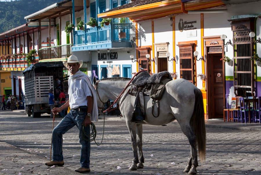 Campesino-Tour-Jardín-Turibus