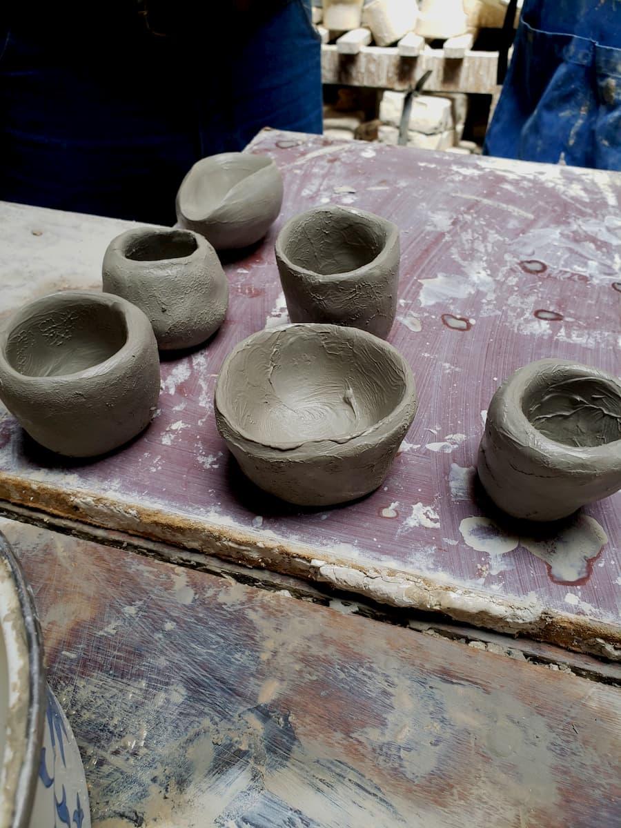 Taller-de-cerámica-para-los-turistas.-Tour-Carmen-de-Viboral-con-Turibus